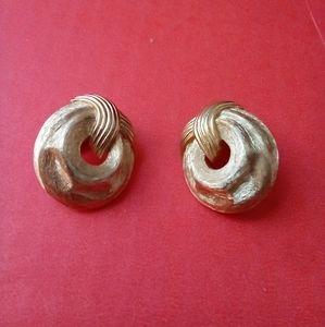 Trifari signed gold tone 80s clip back Earrings